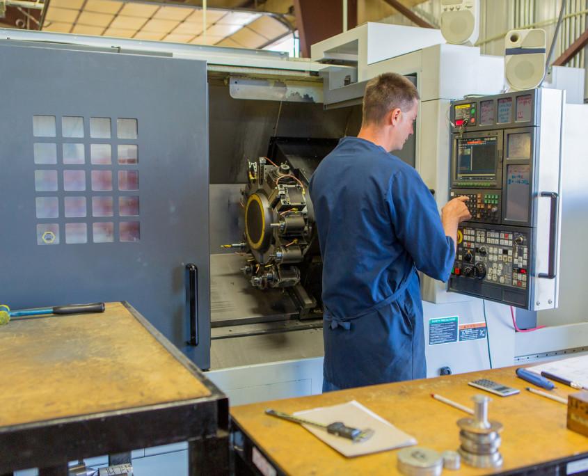 MORI SEIKI NL 2500 - CNC Lathe Mill Combo